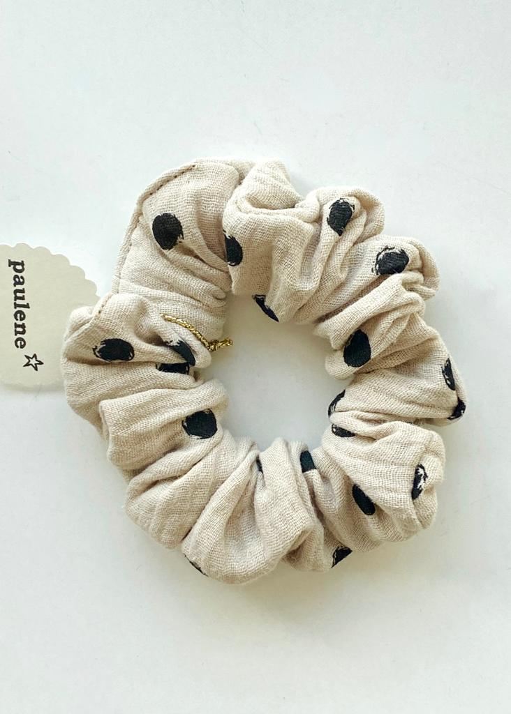 Scrunchie dot sand