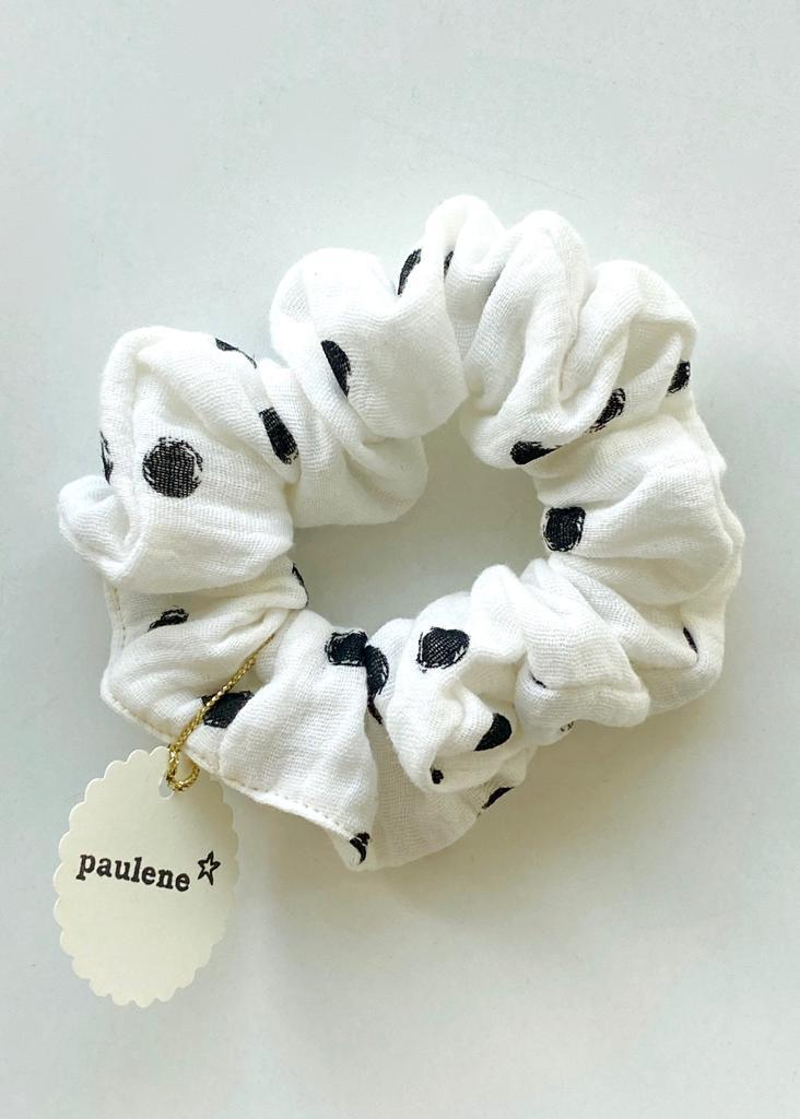 Scrunchie dot white